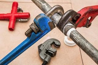 5 Easy DIY Plumbing Projects to Save Money