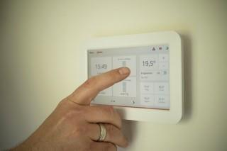 6 Ways to Save Money on Your Home Heating System for This Winter