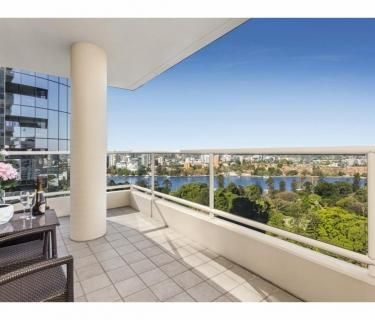 Fully Furnished Unit with Stunning Views - Break Lease
