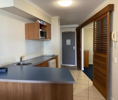 One bedroom Furnished Apartment Urangan
