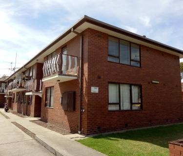 Ideally located ground floor apartment