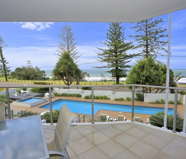 Lifestyle Oceanfront Fully Furnished Apartment