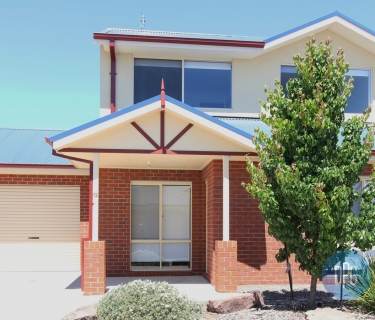 EASY LIVING OR INVESTMENT IN HEART OF MANSFIELD