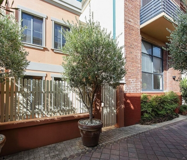 RIALTO TERRACE, Style and Comfort in the Heart of Northbridge!