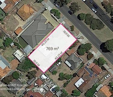 HUGE 769 m² BLOCK!