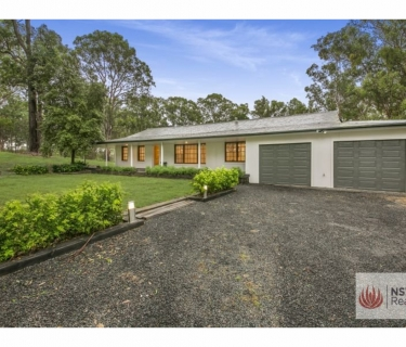 Stunning family home with Bush Setting!!!