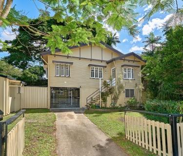 Affordable High Set Queenslander