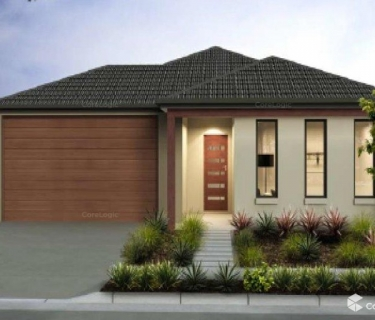 LARGE BLOCK OF LAND WITH 4 BEDROOM HOUSE