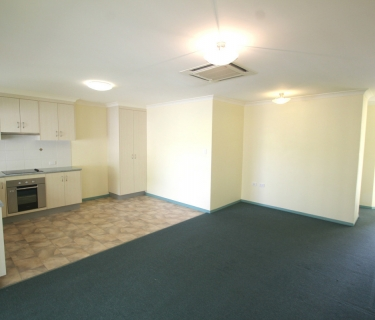 3 Bedroom Unit Close To Town!