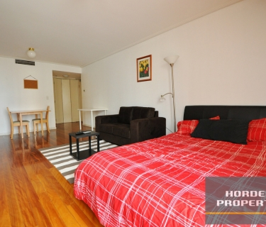 Furnished - Beautifully Presented Studio Apartment
