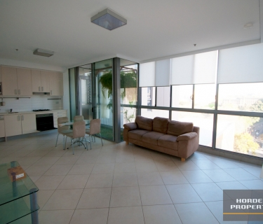 Unfurnished One Bedroom Apartment in