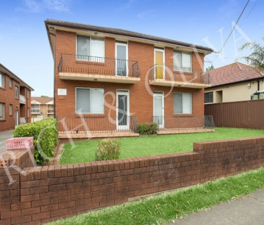 Two Bedroom Unit in Quiet Block - INSPECT SATURDAY 23/03 AT 11:00AM