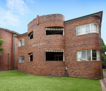 Buyers Guide $600,000-650,000 - Art Deco Charmer With Lock Up Garage!