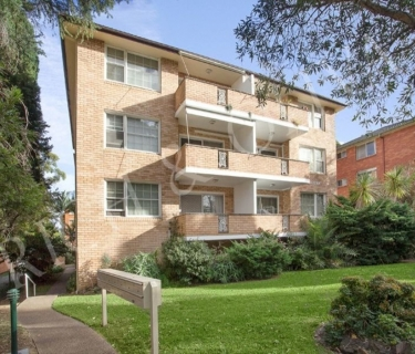 Modern & Spacious Unit - INSPECT SATURDAY 23/03 AT 1:30PM