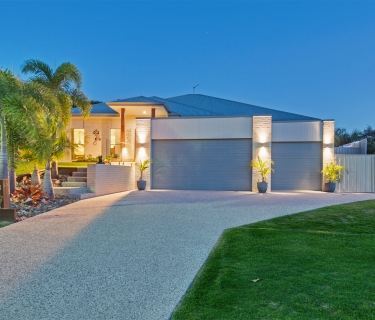 Spacious & Immaculately Presented  Family Home In Peaceful Location