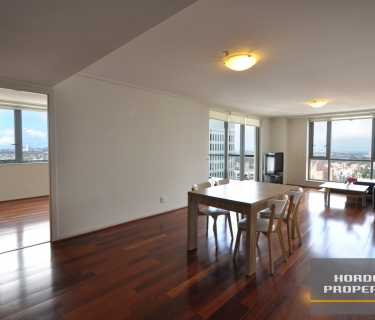 Luxurious Partially Furnished Sub Penthouse with Polished Timber Floor Boards