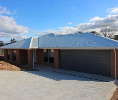 BRAND NEW HOME CLOSE TO BOTANICAL PARK