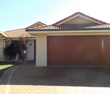 Spacious Family Home - Air conditioned - Urraween