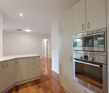 Beautiful Single Level Villa on Grange
