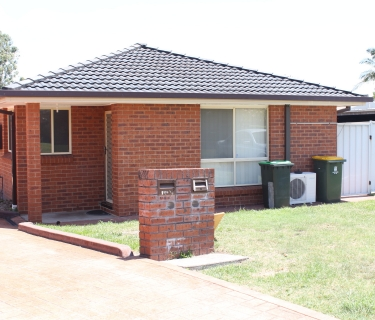 LEASED Tidy 3 bedroom stand alone home in a complex of 2