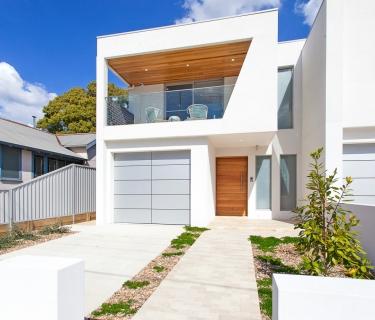 Brand New Designer Duplex In A Lifestyle Location!