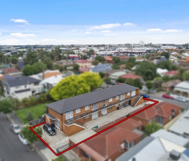 10 UNITS 8kms from Melbourne CBD