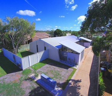 Refreshed 2 Bedroom Unit Close to Bargara Central