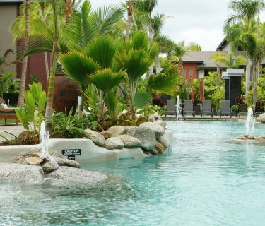 ONE BEDROOM FULLY FURNISHED APARTMENT IN LUXURIOUS CAIRNS ONE