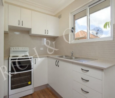 Top Floor, Two Bedroom Apartment - INSPECT SATURDAY 21/09 AT 1:30PM