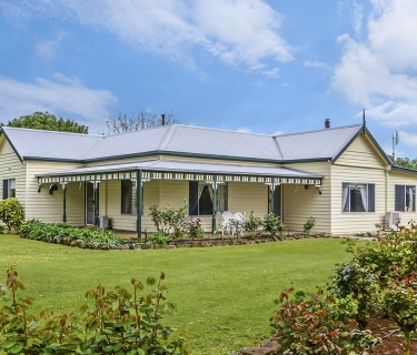 """""""SOUTHALL"""" 300 Ac – 121.7 Ha approx."""