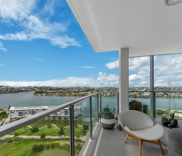Luxury Skyring Apartment positioned in the heart of the Gasworks Precinct, immaculately presented and waiting just for you to move in and enjoy.