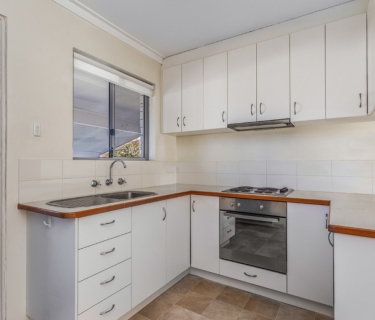 Airconditioned two bedroom unit in great location