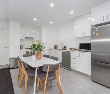 Near new, private sanctuary in the heart of Gosford!