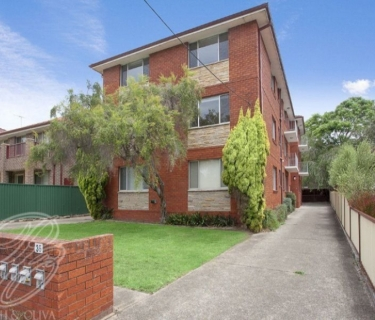 Ground Floor Unit With Park Views - INSPECT SATURDAY 16/11 AT 2:30PM