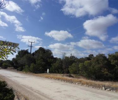 Corner block - acreage adjoins