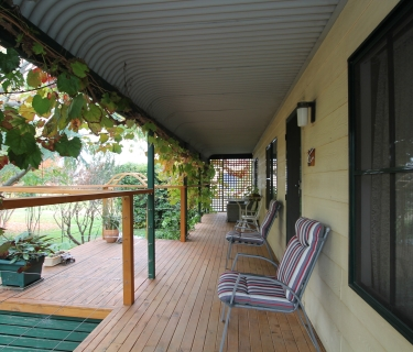 GREAT FAMILY HOME IN A TRANQUIL LOCATION