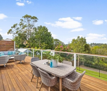 Fully renovated family entertainer in a prized position
